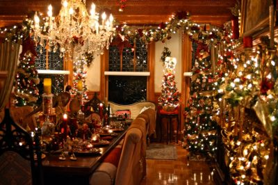 "The Stetson Mansion ""Decks the Halls"""