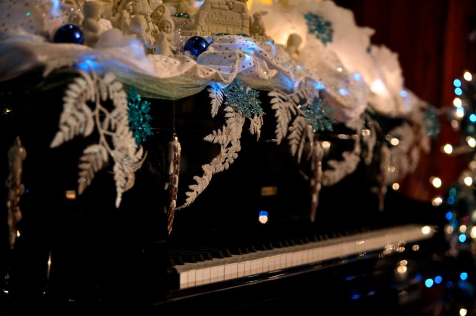 player piano at stetson mansion
